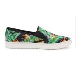 NWOT Loudmouth Bora Bora Sonny Slip On Shoes